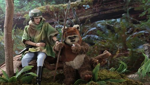 Hot Toys Endor Princess Leia & Wicket