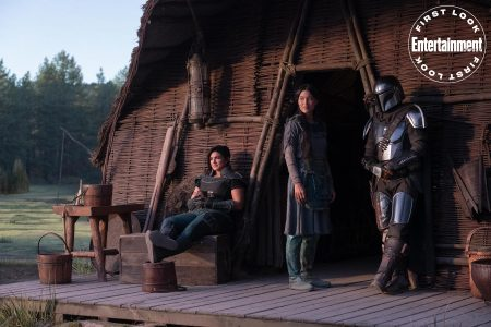 The Mandalorian, Omera and Cara Dune.
