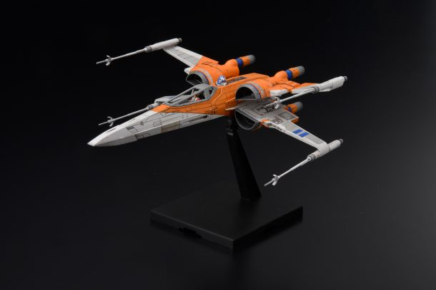 Bandai Rise of Skywalker Poe's X-Wing