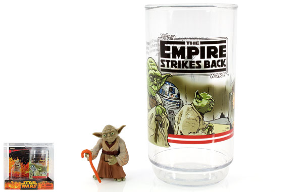Yoda - Revenge of the Sith - Collectible Figure and Cup