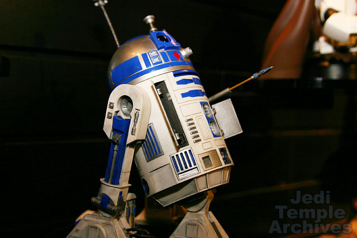 R2-D2 Statue - Page 4 02statues014