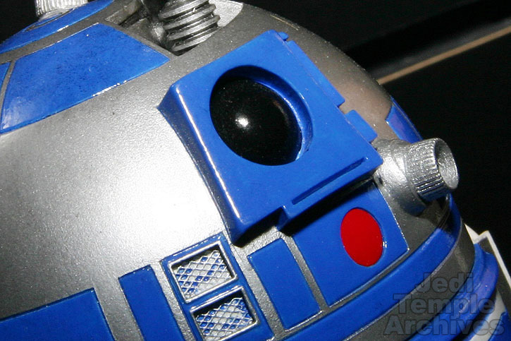 R2-D2 Statue - Page 4 02statues022