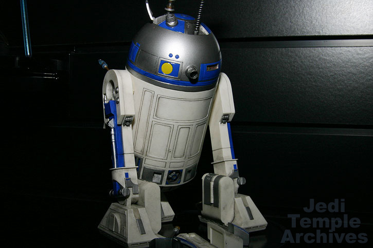R2-D2 Statue - Page 4 02statues027