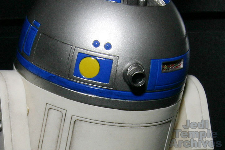 R2-D2 Statue - Page 4 02statues028